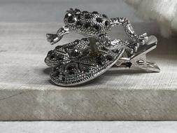 antiqued-silver tone frog tie pin on lilly pad with rhinesto